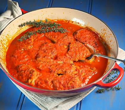Veal with Tomato and Thyme Sauce