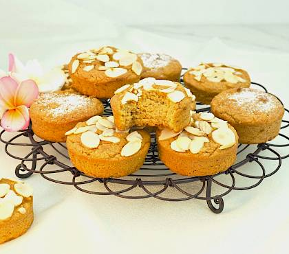 Orange and Almond Mini Cakes