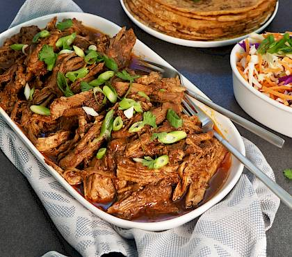 Smokey BBQ Pulled Pork (Slow-cooker)